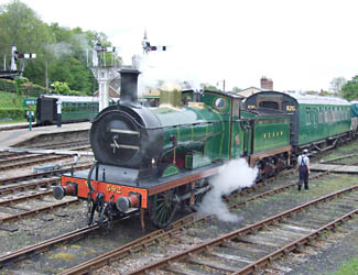 C-class collects repainted 4279 from Horsted Keynes - 4 May 2009 - Richard Salmon