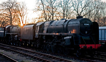 9F and 4MT at Horsted as the sun sets - 27 December 2009 - Martin Lawrence