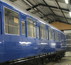 6575 in the paint shop - Dave Clarke - 18 April 2010