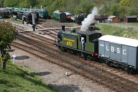 B473 shunting - Andrew Strongitharm - 15 May 2010