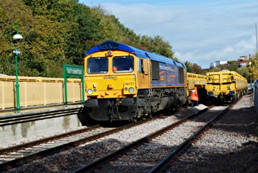 Ballast train at East Grinstead - Pat Plane - 30 October 2010