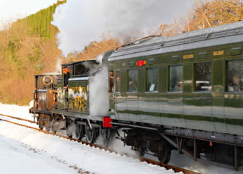 672 and B473 at West Hoathley with Santa Special train - Robert Else - 24 December 2010