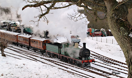 C-class 592 leaves Horsted Keynes with Victorian Christmas train - Robert Else - 24 December 2010