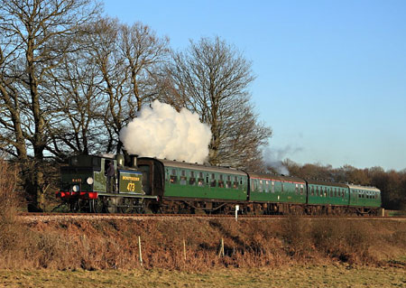 B473 climbs Freshfield Bank - Michael Hopps - 9 January 2011
