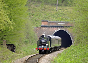 B473 heading south from the tunnel - Derek Hayward - 14 April 2011