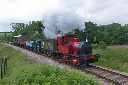 Baxter with Vintage Goods train - Paul Pettitt - 25 June 2011