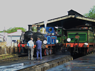 Locos on shed, Sunday morning - Simon Lathwell - 8 May 2011