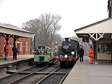 E4 shunting at SP - Derek Hayward - 17 March 2011