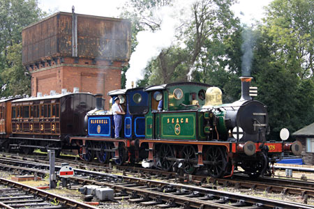 323 and 178 with the vintage set - Graham Court - 18 September 2011