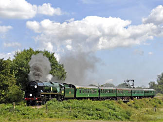 Sir Archie departs from SP - Derek Hayward - 24 July 2011
