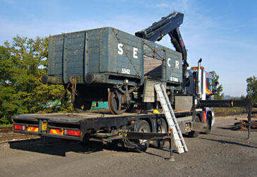 SECR 7-plank wagon on low loader - Andy Prime - 17 Oct 2011