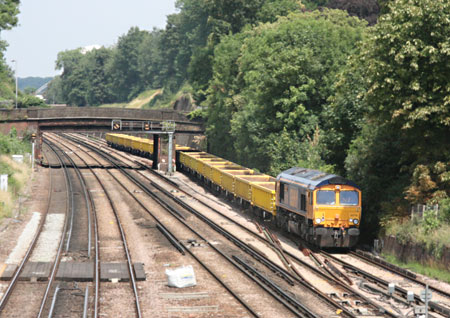 66714 with empties near South Croydon - Tony Sullivan - 4 July 2011