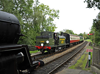 B473 arrives at Kingscote with the Lounge Car Train - Derek Hayward - 29 Aug 2011