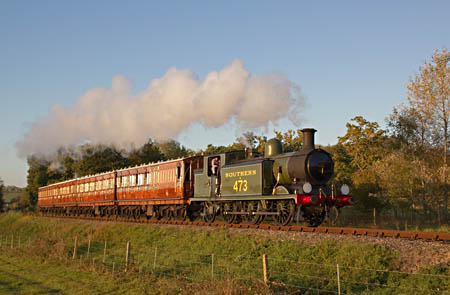 B473 with the Met coaches - Paul Pettitt - 15 October 2011