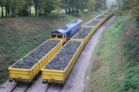 66721 'Harry Beck' with half a train loaded - Greg Wales - 28 October 2011