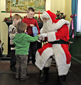 Father Christmas with Children at Horsted Keynes - Derek Hayward - 22 Dec 2011