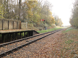 The disused Ketches Halt, and Sheffield Park Outer Home signal - Steven Lofting - 26 Nov 2011