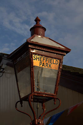 Gas lamp at Sheffield Park - John Sandys - 10 November 2011