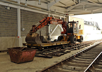 Track laid into Woodpax shed - Derek Hayward - 3 July 2011
