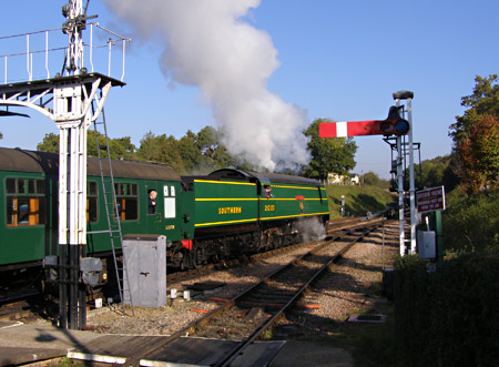 21C123 'Blackmoor Vale' departs from Horsted Keynes - Mike Grant - 23 October 2007