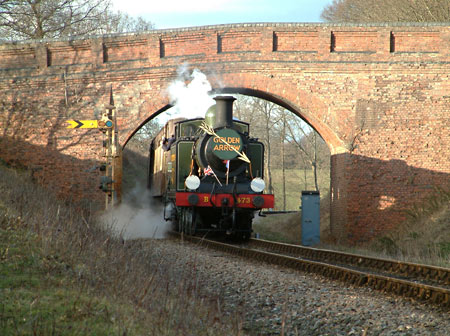 B473 heads the Golden Arrow lunchtime dining train at Caseford Bridge - David Chappell - 19 February 2012