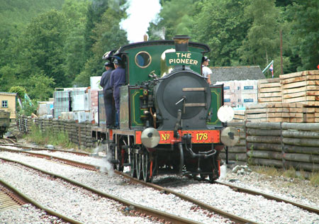 Pair of Ps running round at Kingscote - David Chappell - 15 July 2012
