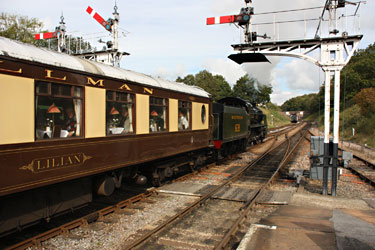 U-class 1638 leaves Horsted Keynes with the Pullmans - Steve Lee - 7 October 2012