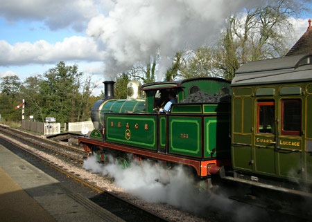 H-class leaves Sheffield Park - Peter Edwards - 30 October 2012