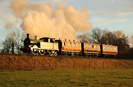 H-class with 4-wheel coaches - Andrew Strongitharm - 21 November 2012