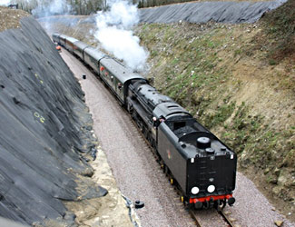 9F returns from East Grinstead - Steve Lee - 16 March 2013
