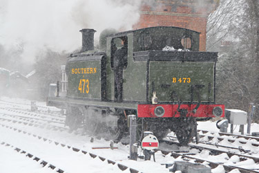 E4 in the snow at Sheffield Park - David King - 20 January 2013