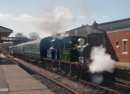 P-class duo ready to leave Sheffield Park - John Sandys - 23 April 2013