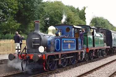 323 and 263 at East Grinstead - Brian Lacey - 11 Sept 2013