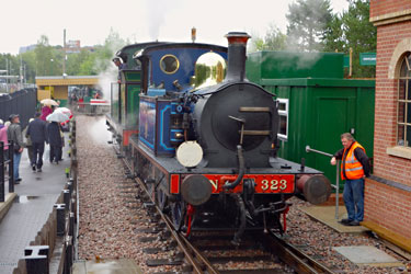 323 and 263 at East Grinstead - Brian Lacey - 9 Sept 2013