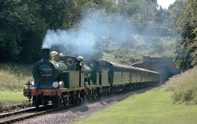 2263 and 592 at West Hoathly - Paul Furlong - 23 Aug 2013