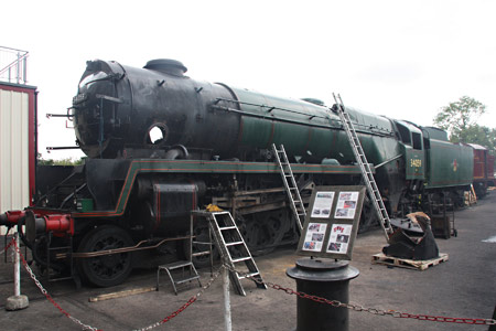 34059 being stripped for boiler lift - Phil Horscroft - 8 August 2013