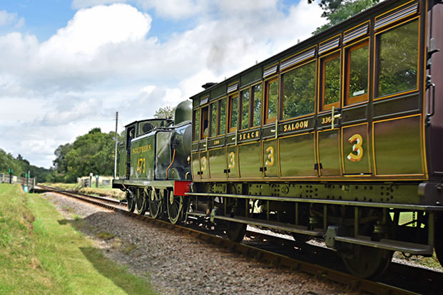 E4 and 3360 at West Hoathly - Brian Lacey - 3 August 2015