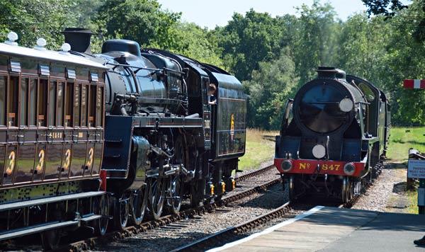 847 and 73082 at Kingscote - John Sandys - 19 July 2016