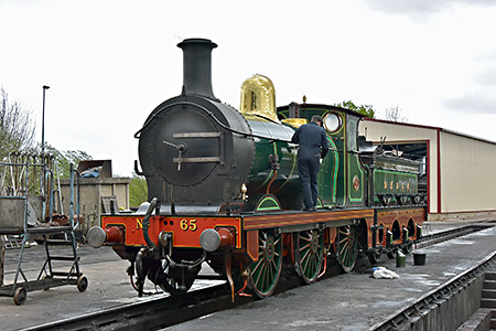O1-class at Sheffield Park - Brian Lacey - 27 April 2019