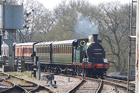 H-class with Edwardian carriages - John Sandys - 10 April 2019