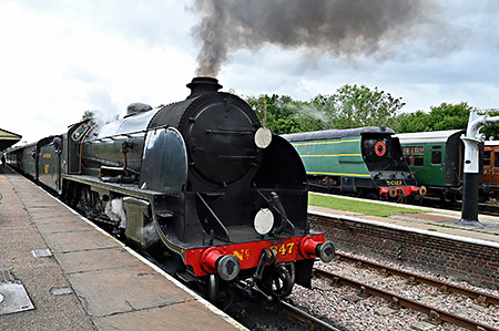 847 and 21C123 at Horsted Keynes - Brian Lacey - 8 June 2019