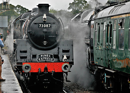 Linette and Britannia pass at Horsted Keynes - Julian Clark - 11 October 2019