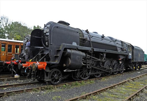 92240 at Horsted Keynes - Derek Hayward