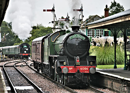 Mayflower at Horsted Keynes - Julian Clark - 4 October 2019