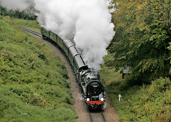 70000 Britannia approaching the tunnel - Julian Clark - 11 October 2019