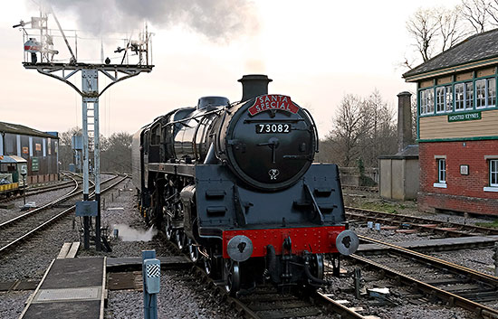 'Camelot' at Horsted Keynes - Brian Lacey - 14 December 2019