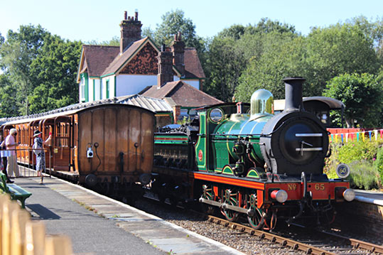 65 running round its train at Kingscote - Jack Lamb - 7 August 2020