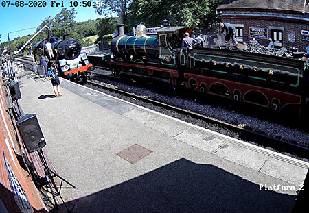 Webcam capture - 80151 takes water at Sheffield Park