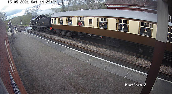 Sheffield Park webcam - 15 May 2021